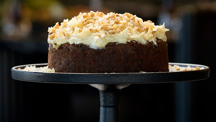 Nigella S Ginger And Walnut Carrot Cake Network Ten