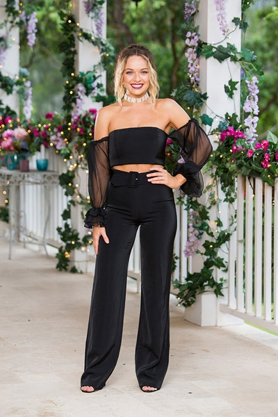 Abbie Chatfield - Bachelor Australia - Season 7 - Discussion  - Page 3 13dd2be3deac5f9f462a76182a693c3f-542105