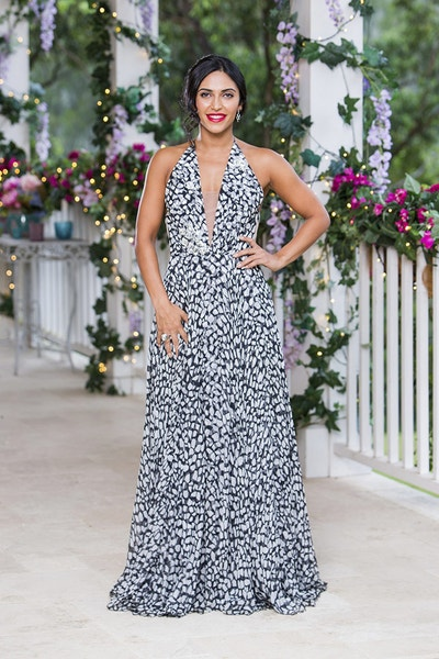 Sogand Mohtat - First Date Girl / Gold Dress/Brunette - Bachelor Australia - Matt Agnew - Season 7 - *Sleuthing Spoilers* - Page 5 5bc4ba7c21477e252f5af85fc5a31187-542134