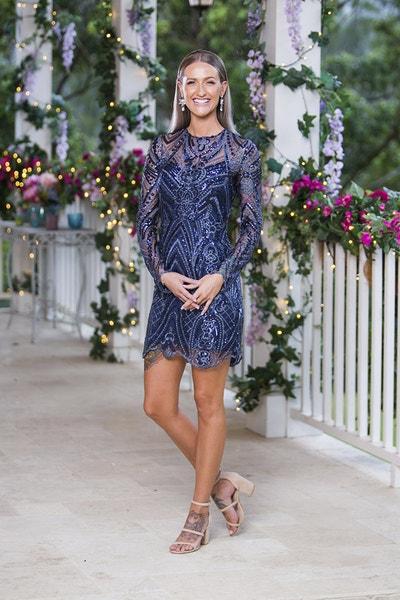 Isabelle Davies - Gold Sequin Dress - Bachelor Australia - Matt Agnew - Season 7 - *Sleuthing Spoilers* - Page 2 E1814386a3c599b09da04a6067cbfd64-542119