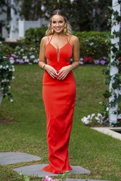 Abbie Chatfield - Bachelor Australia - Season 7 - Discussion  - Page 3 587846e246ab8c73257fa90fd02fdb34-547018