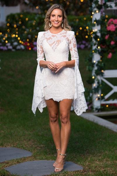 Kristen Czyszek - Red Ruffled Dress - Bachelor Australia - Matt Agnew - Season 7 - *Sleuthing Spoilers* - Page 13 469ca4c25970d5395c71ebf39c1c54fd-547072