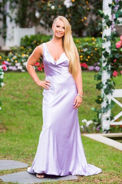 Rachael Arahill - Wedding Dress - Bachelor Australia - Matt Agnew - Season 7 - *Sleuthing Spoilers* - Page 4 91c2def705d1c3310f87f0d7a428b63f-548663