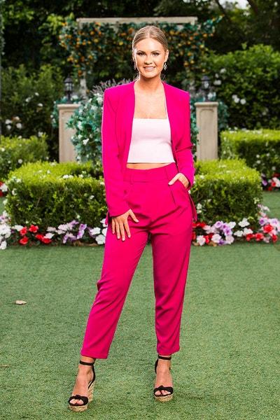 Chelsie - Black 1 Shoulder-sleeved Dress - Bachelor Australia - Matt Agnew - Season 7 - *Sleuthing Spoilers* - Page 10 F9ea54b8da1b19262da786f25c0fa0b6-565906