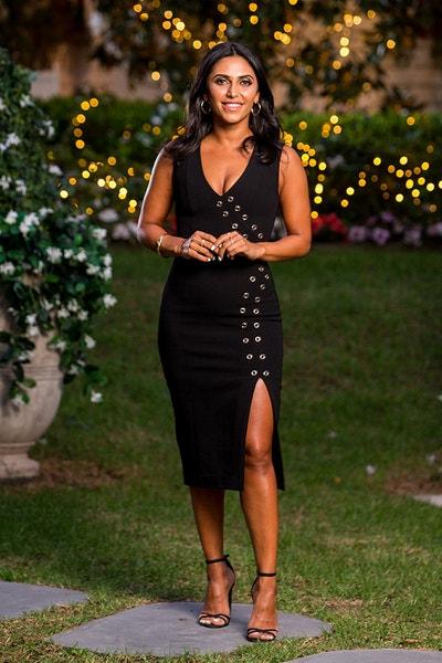 Sogand Mohtat - First Date Girl / Gold Dress/Brunette - Bachelor Australia - Matt Agnew - Season 7 - *Sleuthing Spoilers* - Page 6 7ef15398754bccc9c2459b0d954d3842-567337