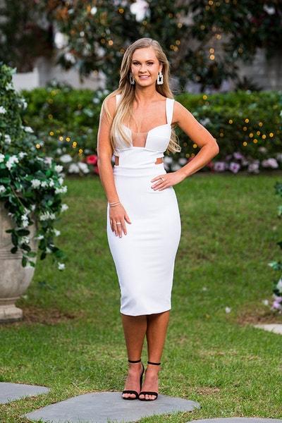 Chelsie - Black 1 Shoulder-sleeved Dress - Bachelor Australia - Matt Agnew - Season 7 - *Sleuthing Spoilers* - Page 10 83a6f21cc9fca7547b855e3b6186cfb7-567171