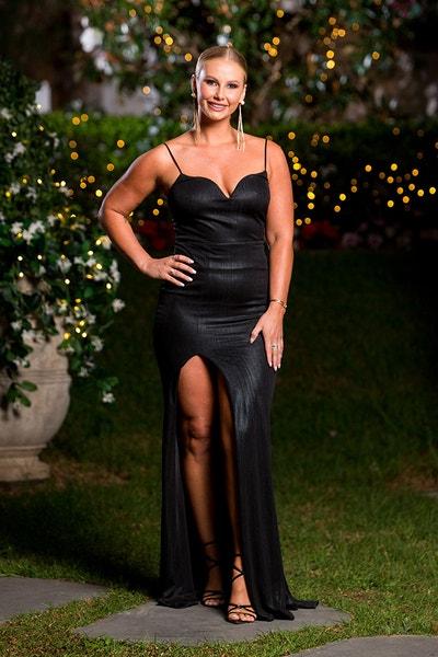 Rachael Arahill - Wedding Dress - Bachelor Australia - Matt Agnew - Season 7 - *Sleuthing Spoilers* - Page 4 9ed4779edc6e2ad93ce1ba10be32ef35-571296