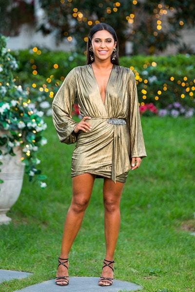 Sogand Mohtat - First Date Girl / Gold Dress/Brunette - Bachelor Australia - Matt Agnew - Season 7 - *Sleuthing Spoilers* - Page 6 555de42a8aa0df5cccf3c9b951abef96-645473